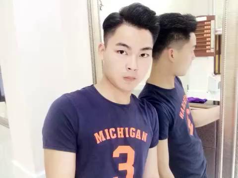 权志龙的发型三七分展示图片