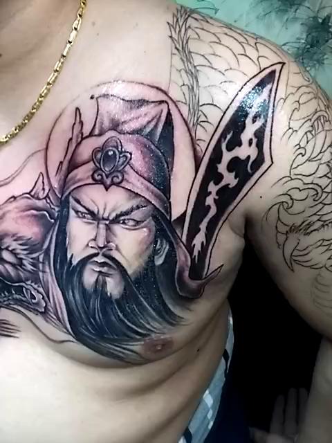 关公纹身##玲花刺青——战龙关公纹身#过肩龙纹身