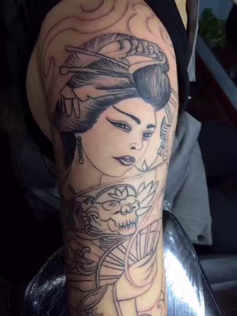 花臂纹身_小花臂艺妓纹身图案作品