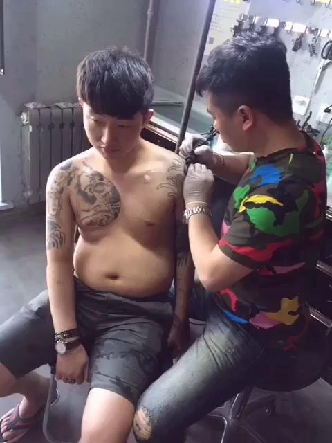  评论 2 c +关注 沈阳纹身针舞刺青  6月7日 19:05 来自 快手
